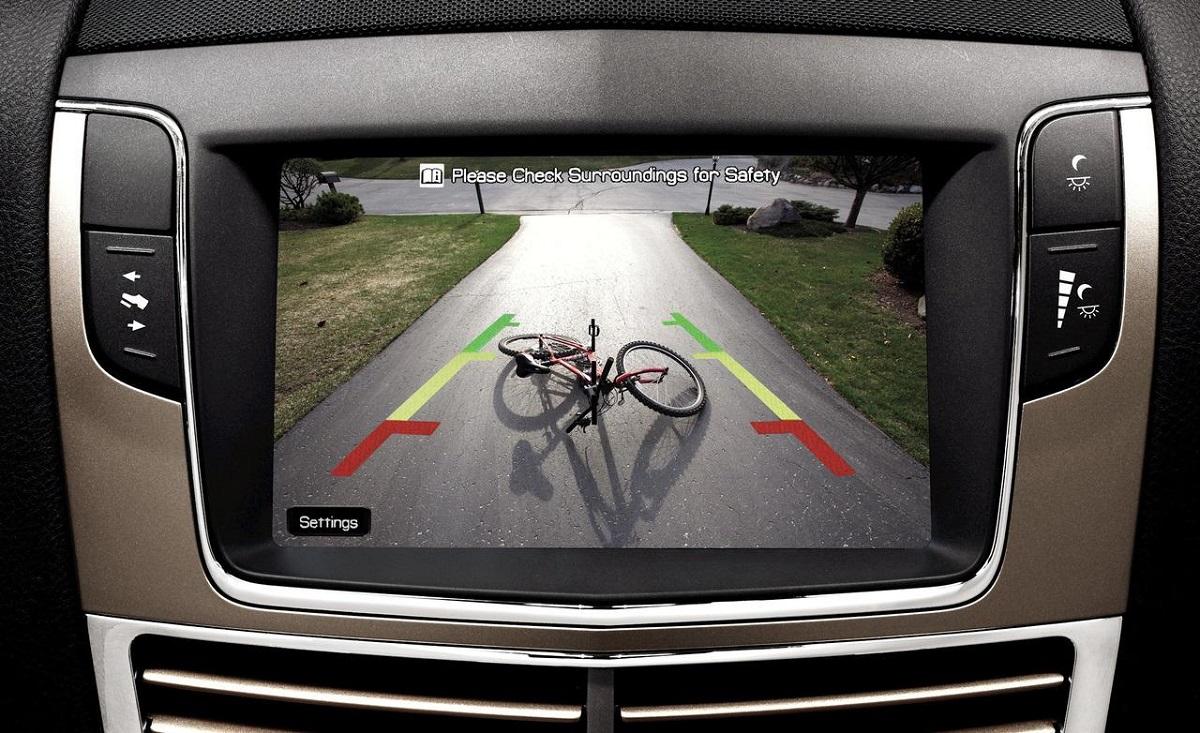 Новый закон: вСША все новые автомобили будут оснащаться камерами заднего вида