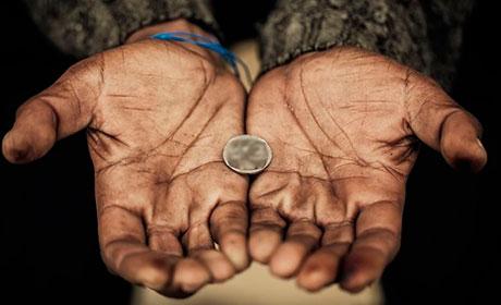 За чертой бедности находятся более 320 тысяч жителей Прикамья