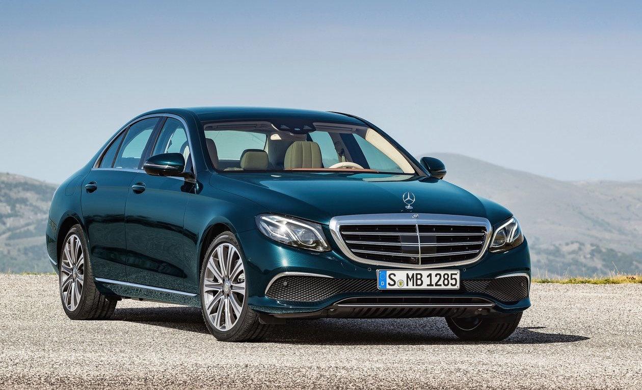 Benz отправляет автомобили E-класса напринудительный ремонт