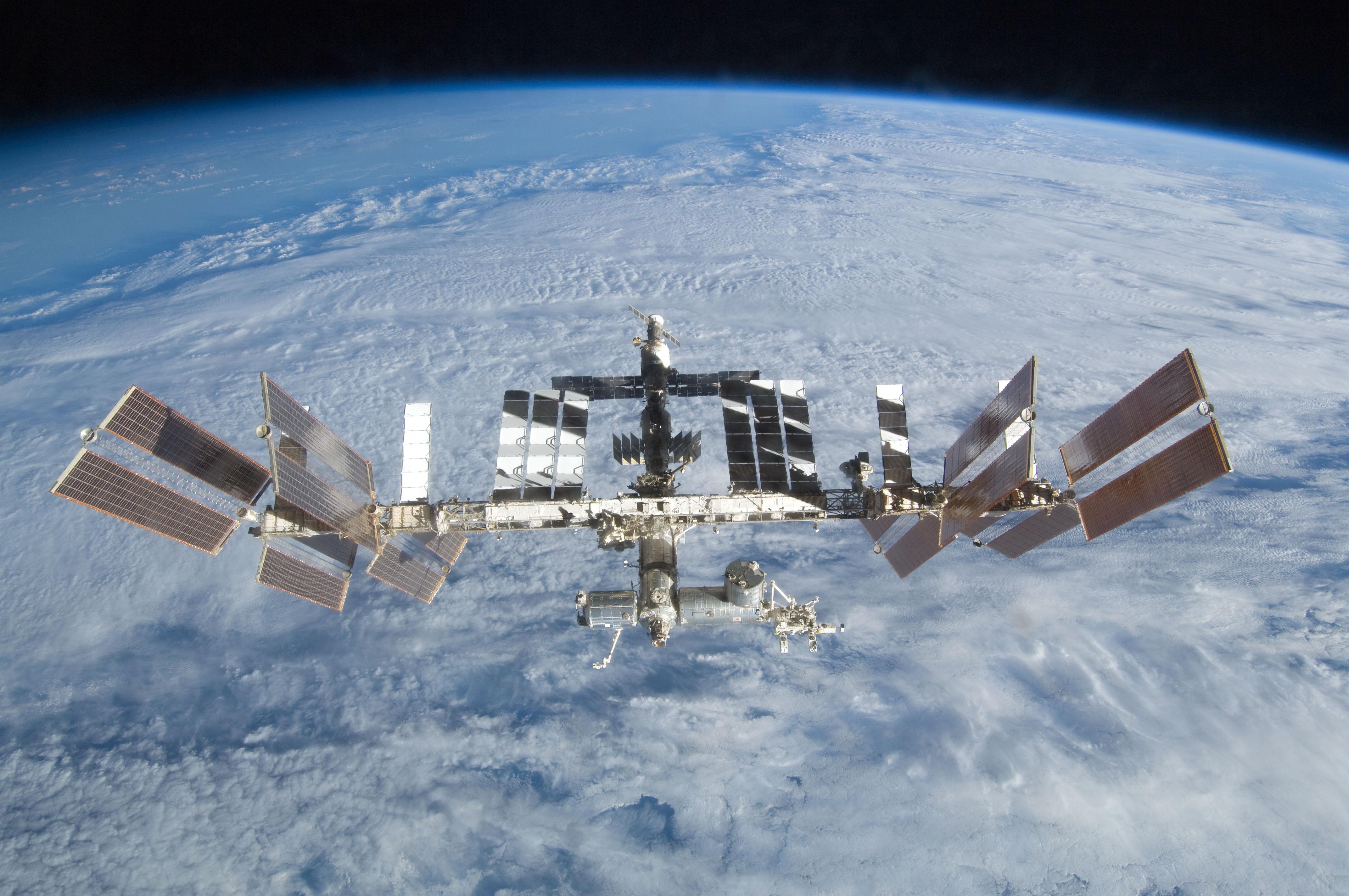 На русском сегменте МКС установят новые спутники-ретрансляторы