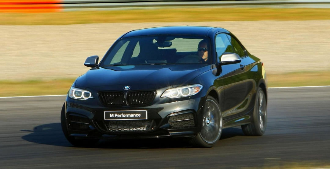 Этим летом появятся заряженные BMW M140I и M240I