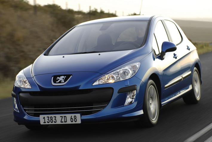 Новое поколение седана Peugeot 308 замечено на дорогах Китая