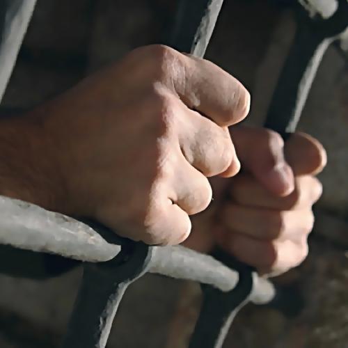 Заместитель начальника ростовскогоГУ ФСИН подозревают вполучении крупной взятки