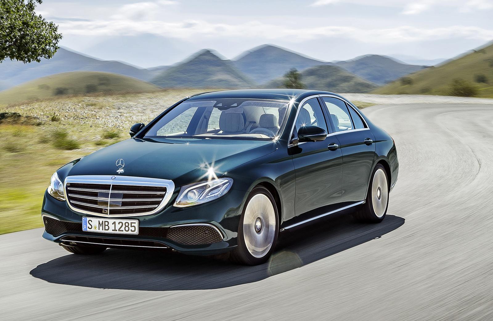 Воробьев рассчитывает навыпуск первого автомобиля Mercedes вПодмосковье в 2019г.