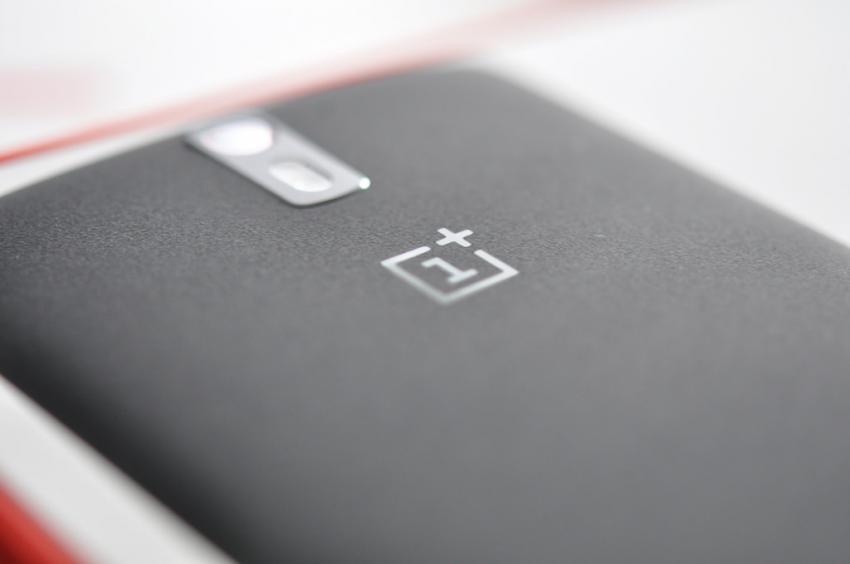 Специалисты сравнили аккумулятор OnePlus 6 с Самсунг Galaxy S9 иiPhone X