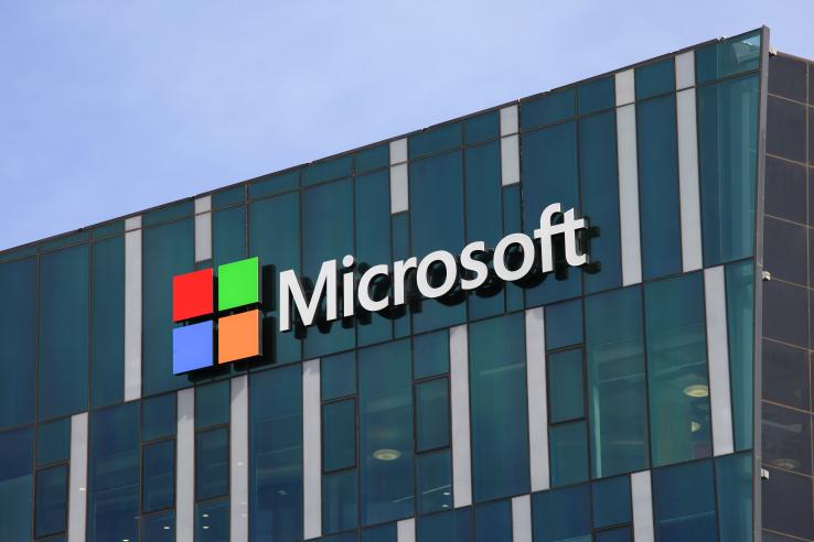 Microsoft будет платить пользователям заотказ отGoogle