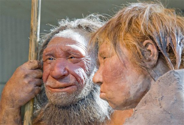 Ученые связали вырождение белых людей сгенами неандертальцев