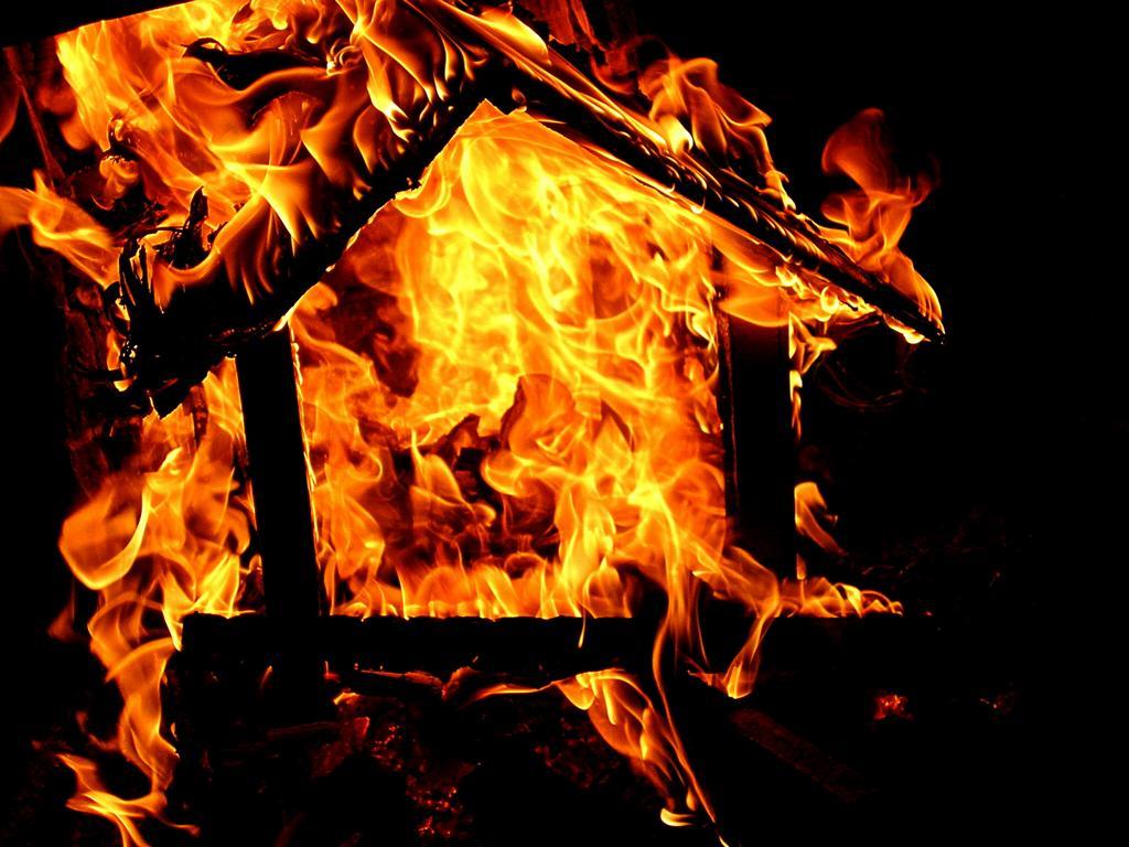 Впожаре наокраине Архангельска пострадала новорождённая девочка