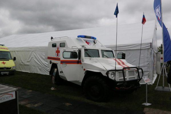 Бронеавтомобиль «Тигр» превратили вмашину скорой помощи