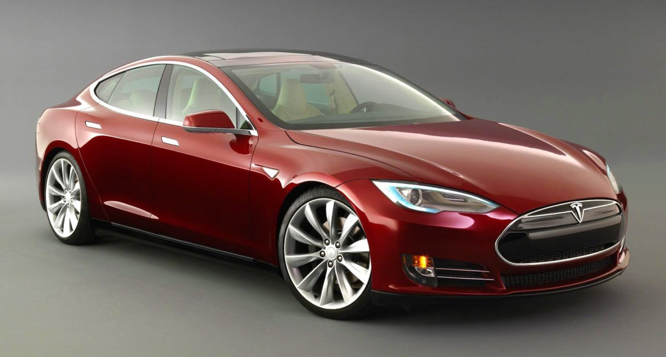 Маск пообещал электрогрузовик, электроавтобус и каршеринг Tesla