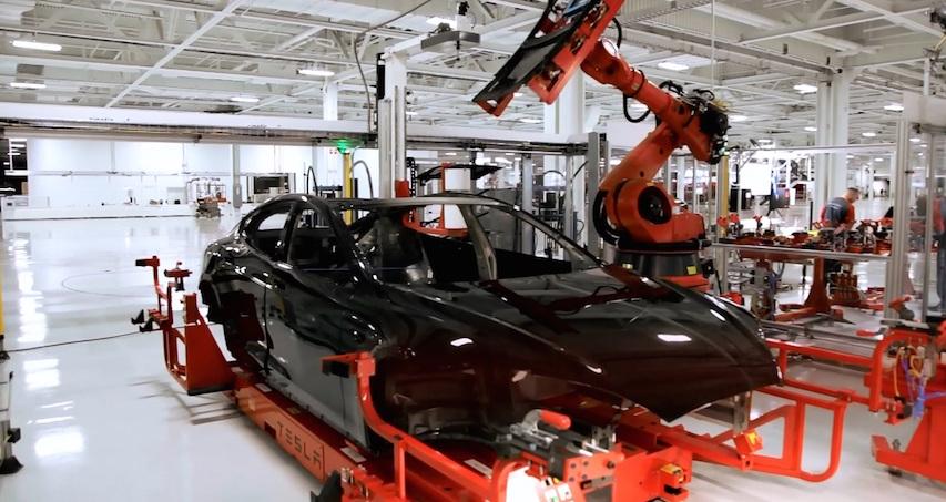 Выпуск легковых авто вРФ весной вырос на15,6%