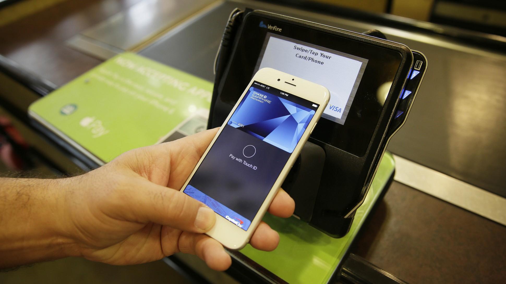 Жители России  чаще пользуются Apple Pay, чем граждане США