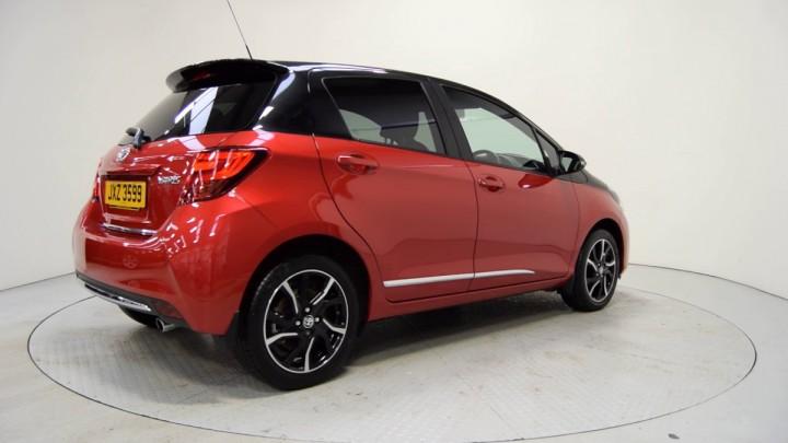 Новые Toyota Yaris и Toyota Vios выйдут в 2018 году