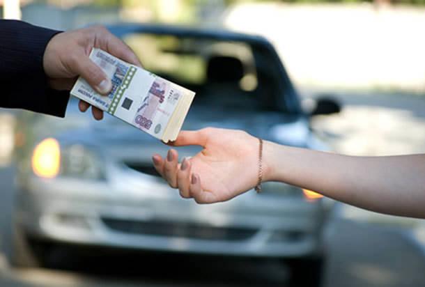 В Петербурге продажи авто сократились на 4