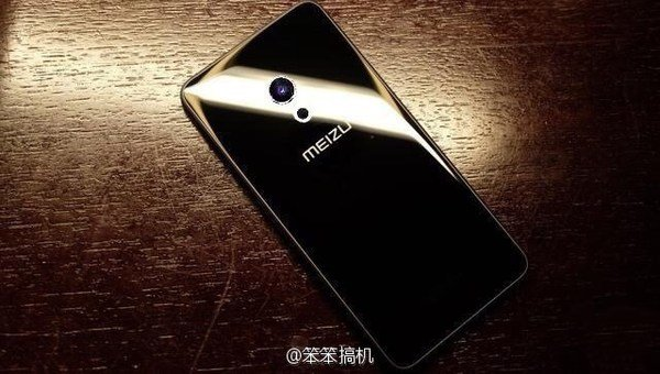 Вweb-сети интернет появился снимок нового флагмана Meizu Pro 7