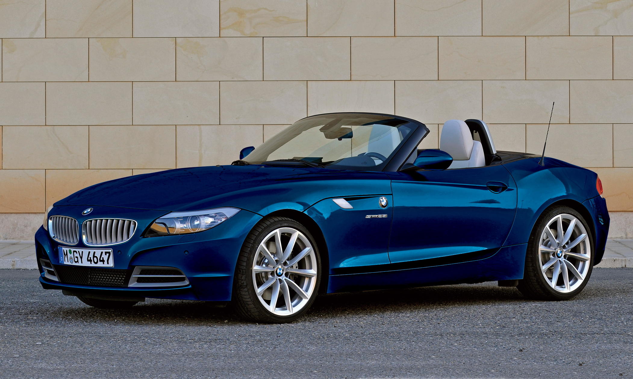 BMW решил прекратить выпуск родстера Z4