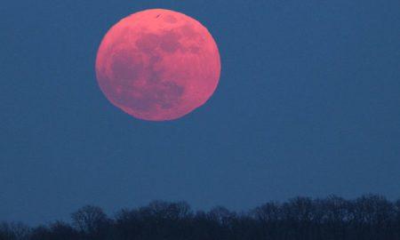 «Айсберг» внебе: астроном-любитель запечатлел «страшное предзнаменование»