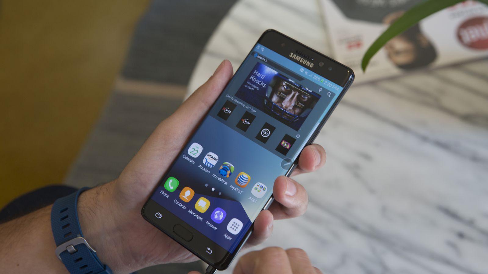 Отозванные Самсунг Galaxy Note 7 переплавят в157 тонн драгметаллов