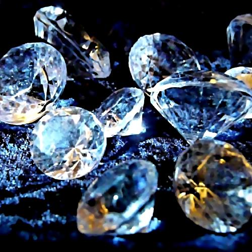 ВРостовской области осудили законтрабанду алмазов депутата Заксобрания региона