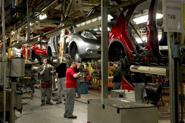 Завод Nissan в Петербурге уходит на каникулы