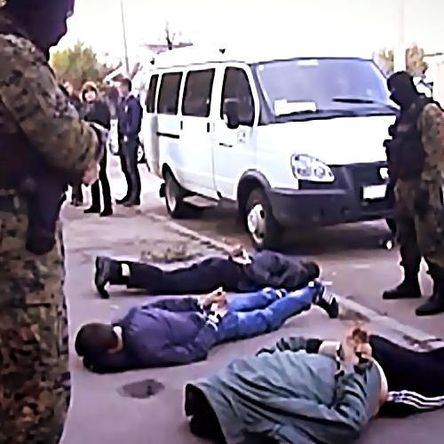 Грабителей, напавших наавтомобиле отделения связи вТосно, задержали
