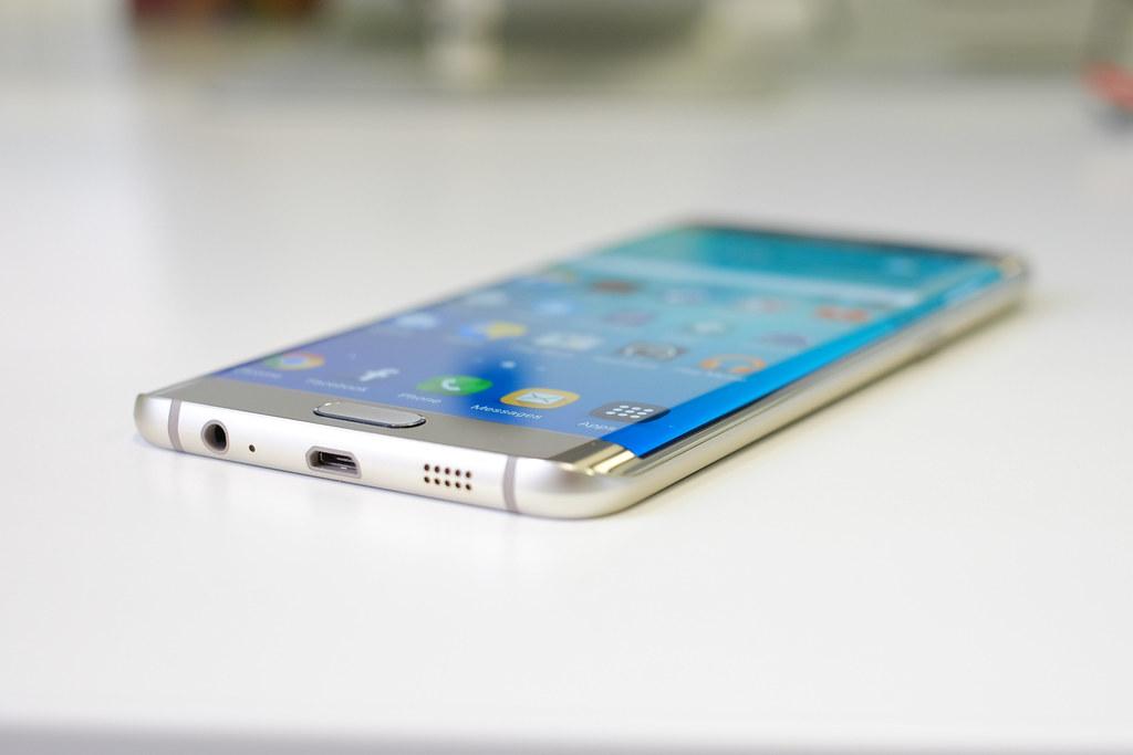 Смартфон Самсунг Galaxy A30s получит тройную камеру