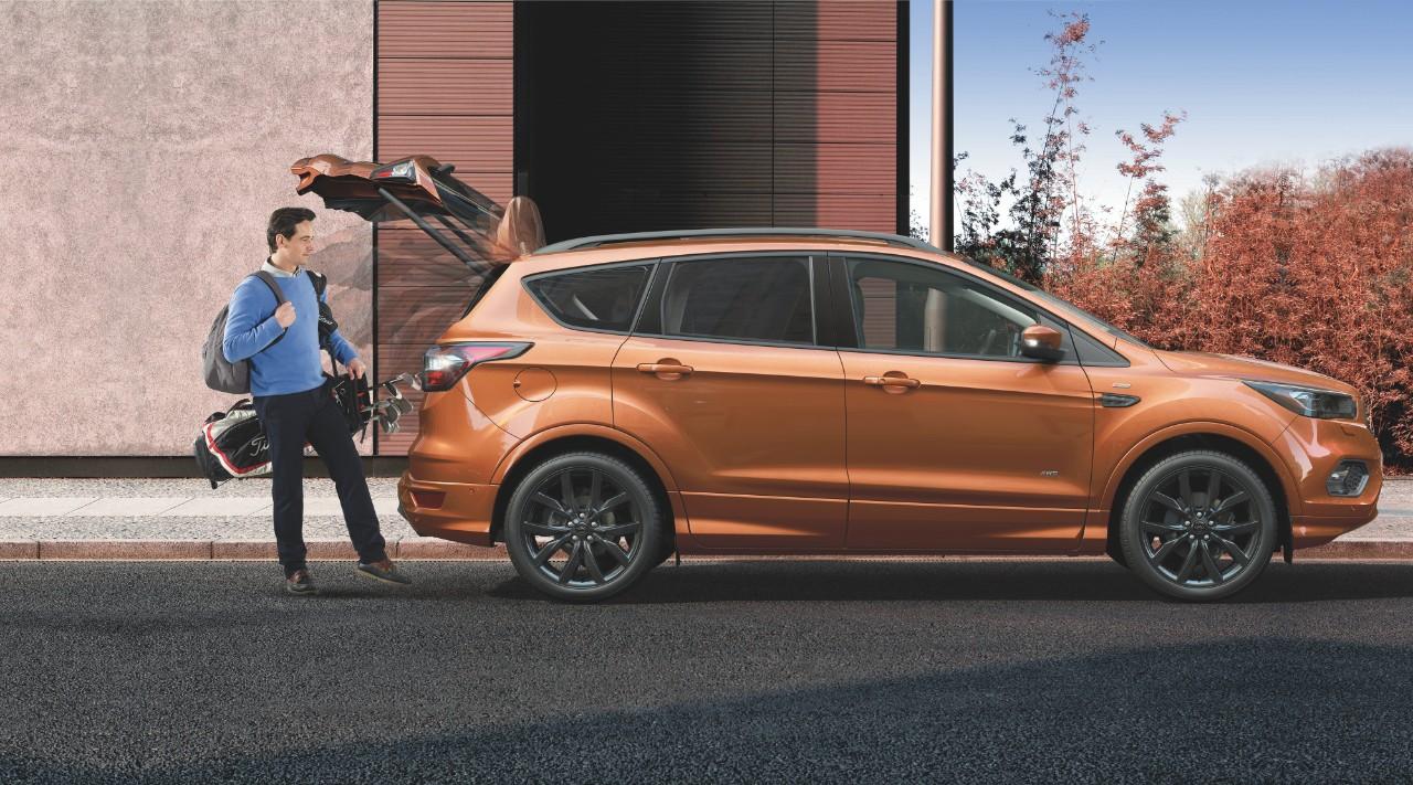 Ford покажет в Париже кроссовер Kuga в версии ST-Line