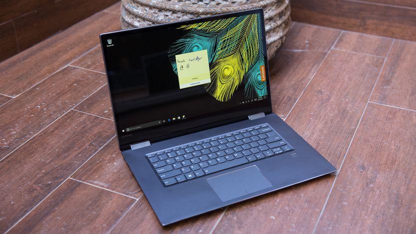 В РФ начались продажи ноутбука-трансформера Lenovo Yoga 720-15