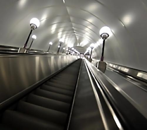 Девочка изГермании пострадала впетербургском метро