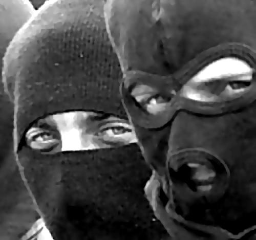 ВЛенобласти неизвестные ограбили дачу, угрожая владельцу обрезом