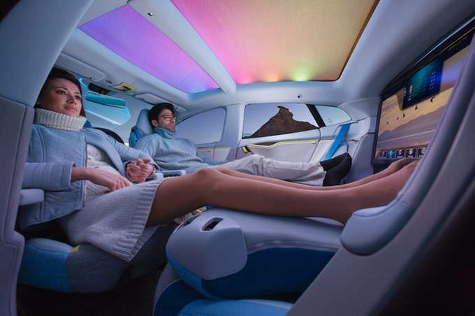 Две трети автомобилистов хотят пересесть набеспилотники