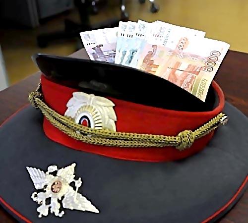 ВПетербурге полицейского изотдела поборьбе скоррупцией подозревают вовзяточничестве