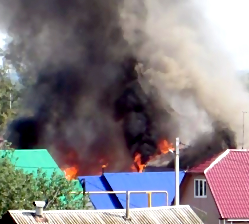 Ликвидирован интенсивный пожар наОдесской улице вУфе