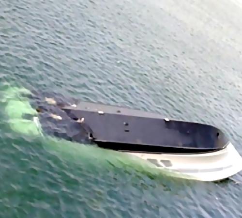 Туристы обнаружили потерпевшую крушение яхту уберегов Приморья