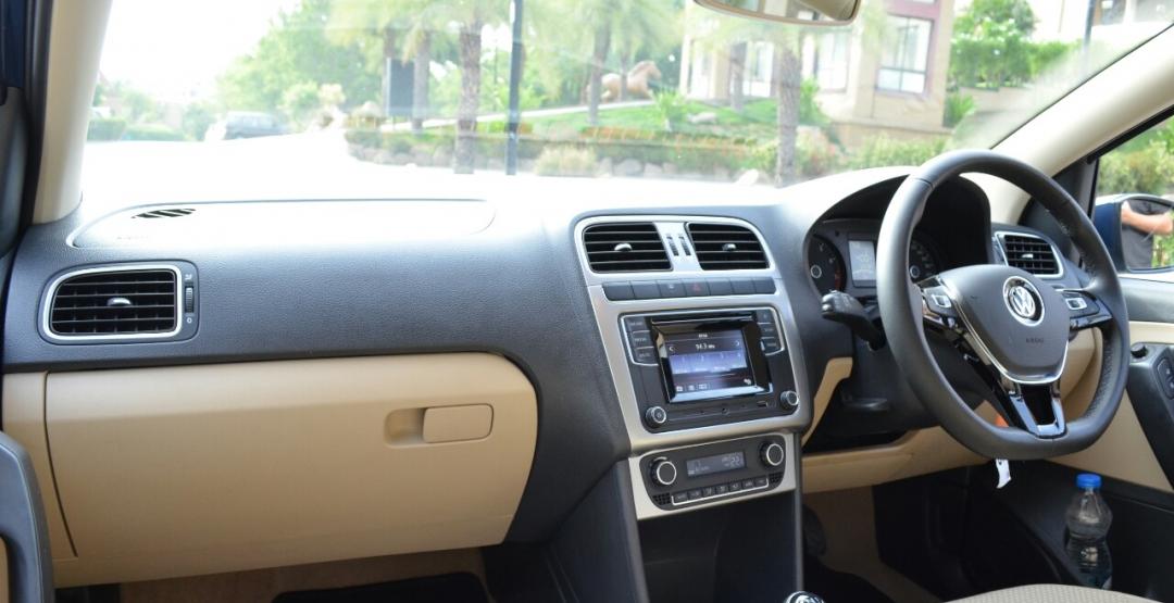 Дизельный VW  Ameo вновь сфотографировали впроцессе  исследования  вИндии