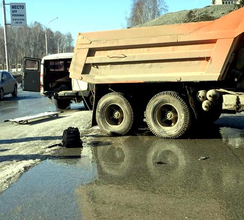 Вынесен вердикт шоферу КамАЗа, сбившему двоих детей вКольцово