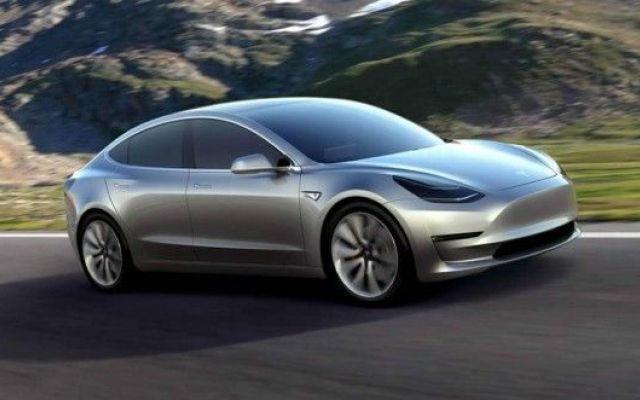 Tesla выпустила нарынок 70 тыс. электрокаров Model 3