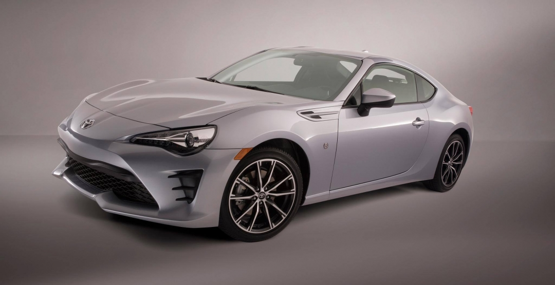 Названы официальные цены обновленного купэ Toyota 86