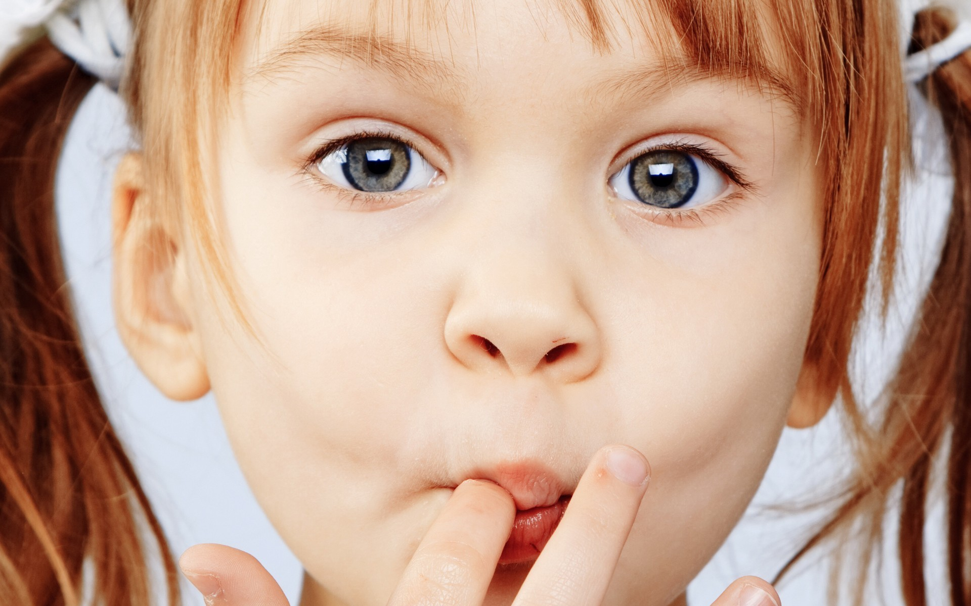 Сладости неделают детей гиперактивными— Ученые