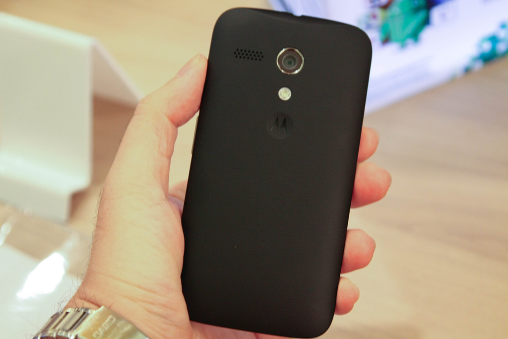 Первые живые фотографии телефона Moto G6S Plus появились всети интернет