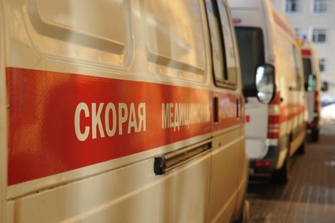 ВРостове встолкновении микроавтобуса и грузового автомобиля пострадала 3-летняя девочка
