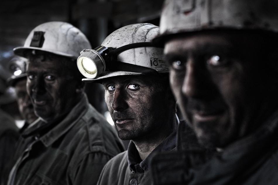 ВРостовской области кголодовке присоединилось неменее 100 шахтеров