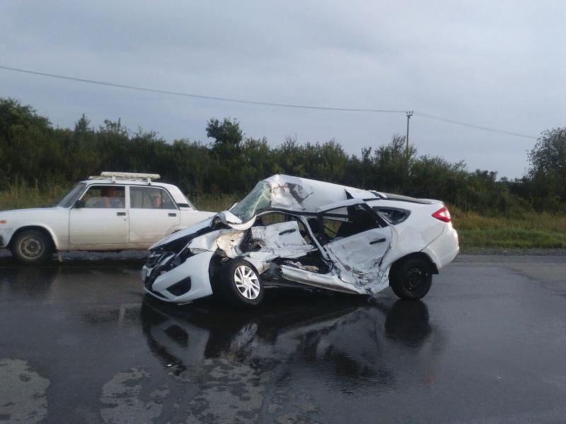 ВДТП натрассе Екатеринбург-Тюмень погибли два пенсионера