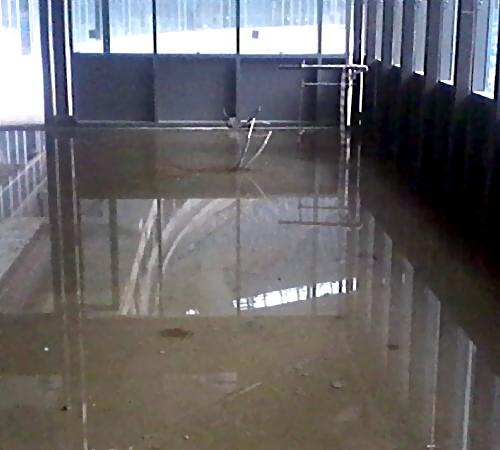 Склад настадионе «Зенита» затопило кипятком