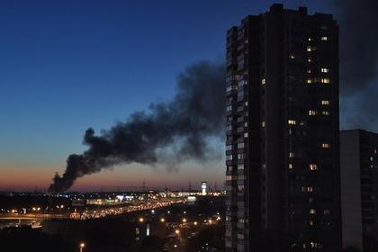 Наюге столицы человек выпрыгнул изокна горящей квартиры