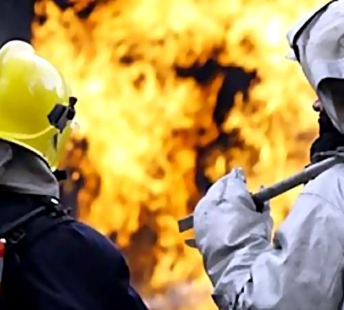 Пожарные неменее 2-х часов тушили дом наЯковлева
