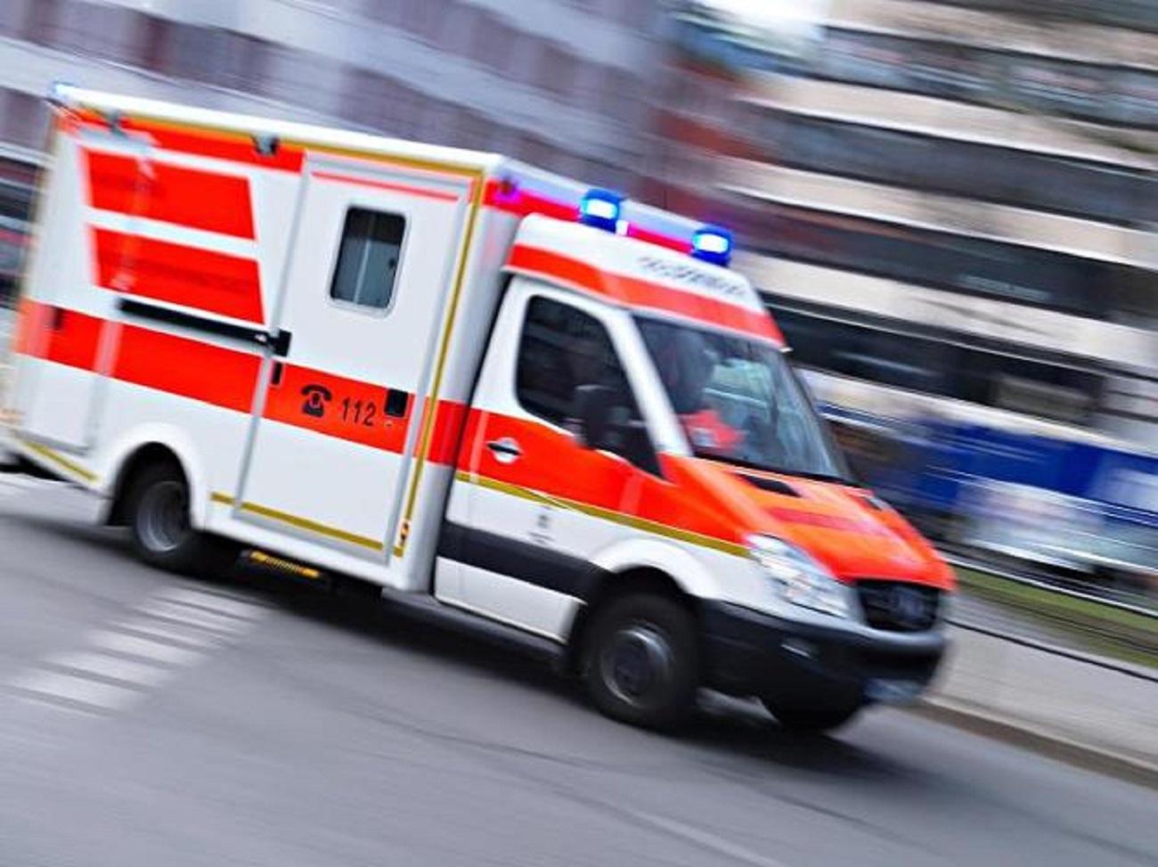 ВВоронеже достаточно серьезно ранена девушка, сбитая БМВ напереходе наулице Минской