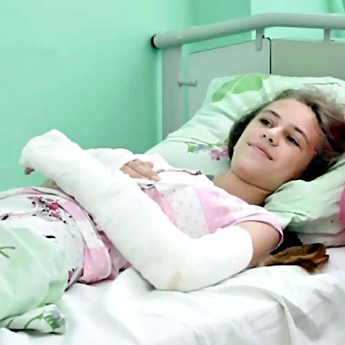 ВКамне-на-Оби девочка получила двойной перелом руки вавтобусе