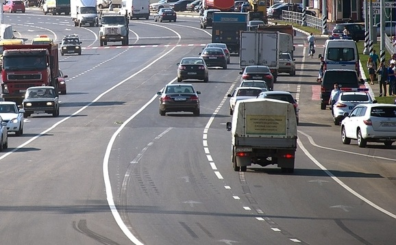 Маршрутка и«КамАЗ» столкнулись наКиевском шоссе около МКАДа