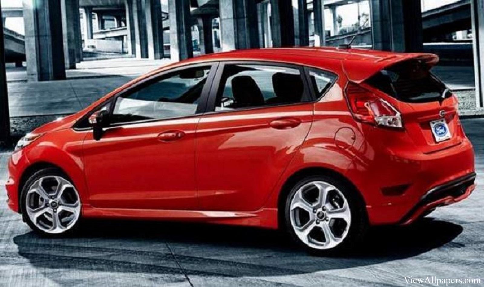Названы цены на 5-и дверный Форд FiestaST